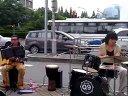 上海正大广场流浪歌手阿勇_爱我的人和我爱的人:QQ390383511流浪歌手群:57852711