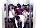 《屌丝男士》精彩片花电梯篇