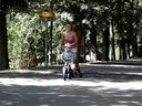 开心的新玩具 滑步车 - 宝宝接触两轮世界的最佳装备