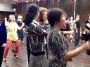 庆祝《上海中老年歌舞交友群》成立二周年。欢快的骑马舞