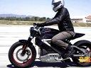 来感受下百公里加速仅需4秒的哈雷电动摩托优德娱乐