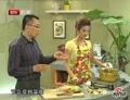 降血压凉菜莴笋红椒拌蜇皮做法