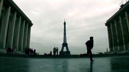 巴黎留学生开心恶搞