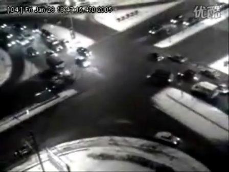 路口 事故 一个/一个路口的多起事故