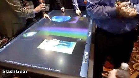 多达40点触控 3M展示84英寸超大平板(视频+多图)