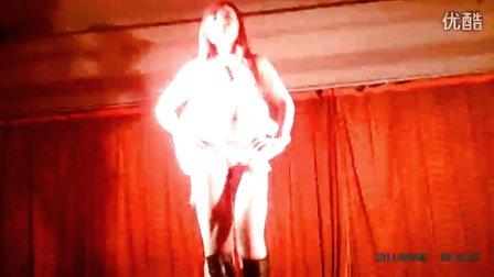洗浴演艺厅歌舞团表演 歌舞团表演某演艺厅 歌舞团表演小演艺厅 演艺