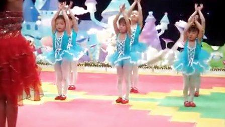 mp4幼儿舞蹈教学视频《花与蝴蝶》