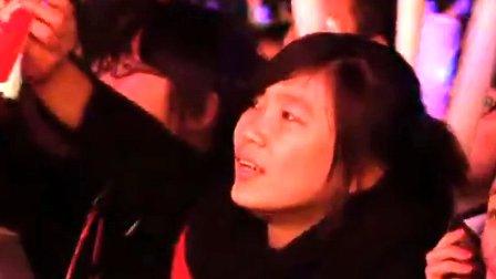 改变自己 群星演唱会现场版-王力宏 MV 高清在线观看