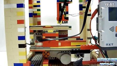 由乐高积木组成的3D打印机LEGObot