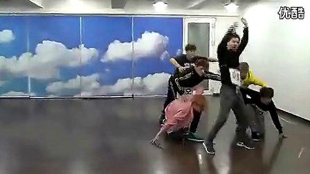 exo狼与美女舞蹈 C 搜库