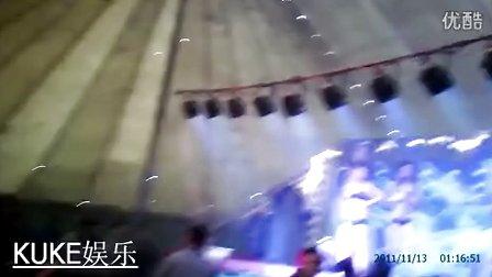 农村歌舞团 大棚表演 a –