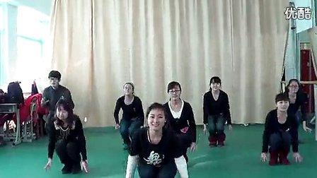 幼儿舞蹈牛奶歌教学视频