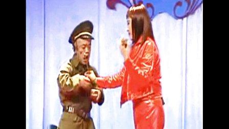 超级搞笑专场 小矮人特技绝活东北二人转 猪老师上传