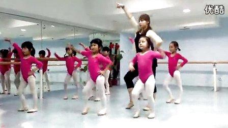 幼儿舞蹈教学小苹果 –