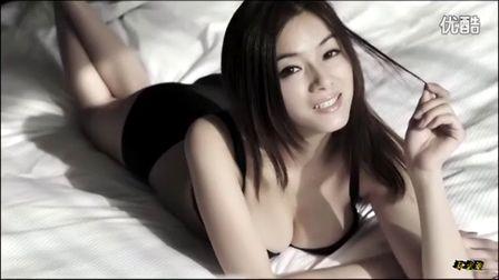 美国性感美女脱光内衣诱惑视频