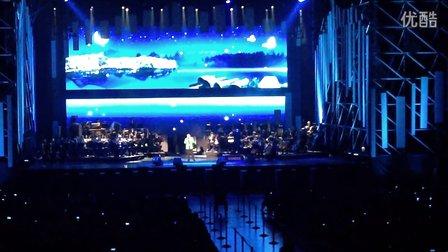 莎拉布莱曼2014北京FE演唱会——弯弯的月亮(刘欢)