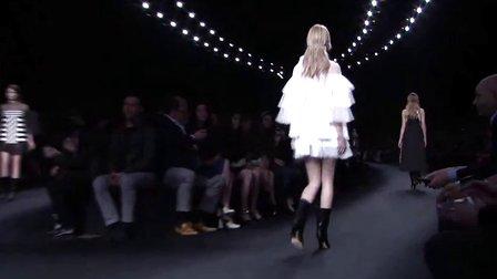 2015秋冬巴黎时装周:Valentino华伦天奴