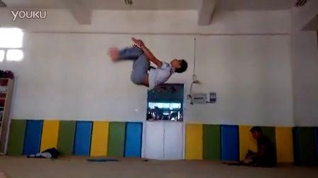 超级无敌视频金刚腿视频-培训采购旋风图片