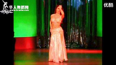 来自黎巴嫩的肚皮舞表演
