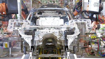 宝马7系生产组装过程