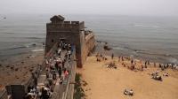 萬里長城最東邊的盡頭原來在大海上! 看完很佩服古人的智慧