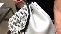 寶格麗第一次推出后背包!聯手新銳鞋履設計師Nicholas Kirkwood推出限量配件