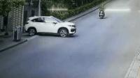 司機急打方向盤太危險, 摩托司機被嚇到了