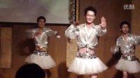 武大联陪美女帅哥舞蹈《青春律动》