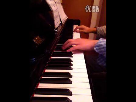 《失恋进行曲(指法版)》钢琴曲谱,蛐蛐推荐